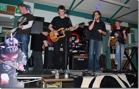 2009-02-28 DSC_0200 lionhead band